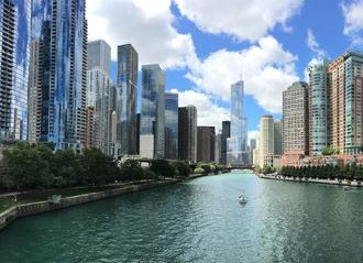 Chicago skyline & river